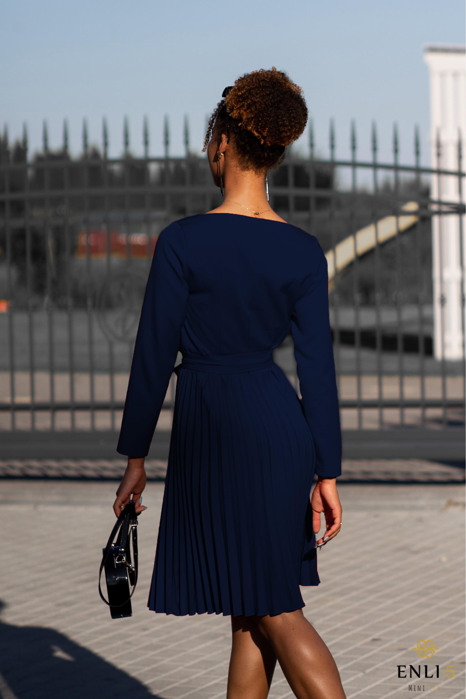Mėlyna plisuota suknelė DIVA