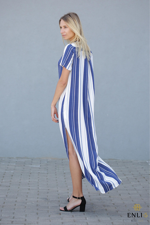 Ilga, lengva, dryžuota suknelė su dirželiu TENDY