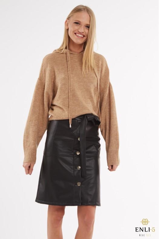 Juodas susagstomas odinis sijonas ANDRĖJA