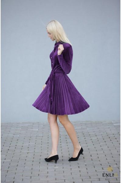 Gofruota, veliūrinė suknelė ARMIKA | Baklažaninė suknelė