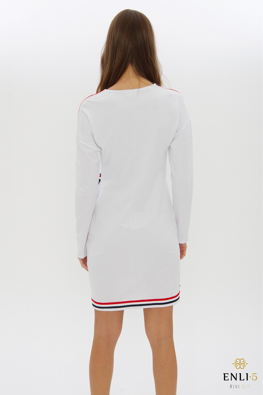 Balta sportinė laisvalaikio suknelė