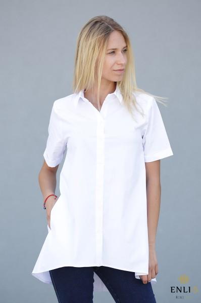Balti, platėjantys marškiniai trumpomis rankovėmis