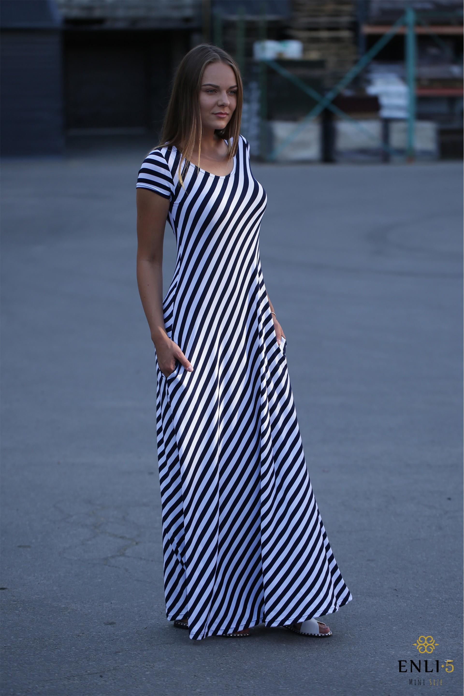 Vasarinė ilga suknelė   Dryžuota suknelė