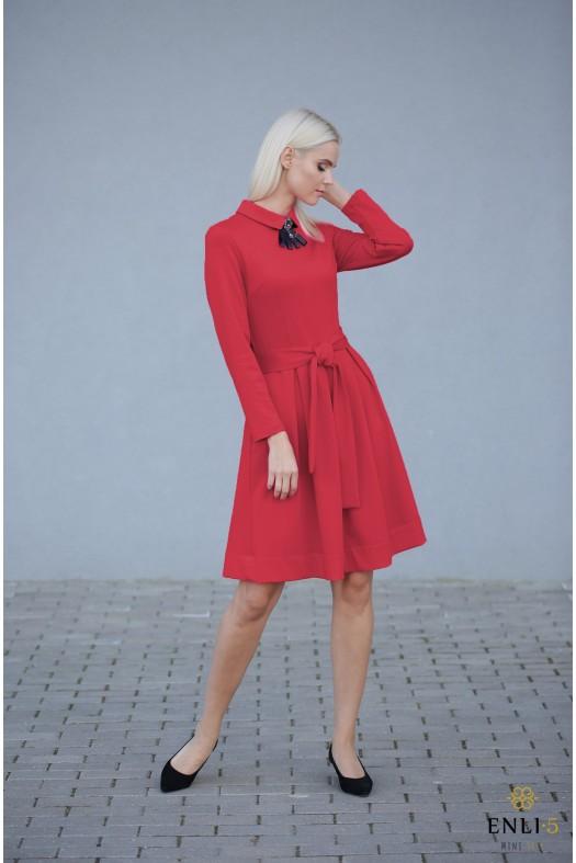 Raudona klasikinė suknelė KAMĖJA