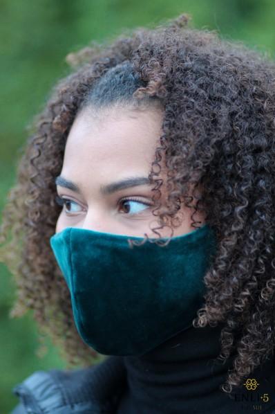 Smaragdinė veliūrinė kaukė