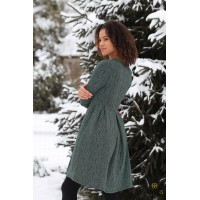 Žalia blizgi suknelė su klostėmis LAUMŽIRGIS
