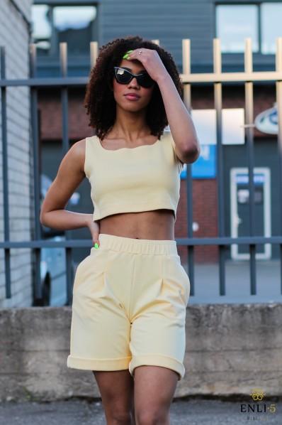 Geltonos spalvos šortai LOTA