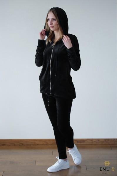 Veliūrinis, juodos spalvos kostiumas LUXURY