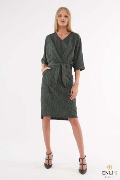 Kimono stiliaus žalsva, blizgi suknelė NORMA