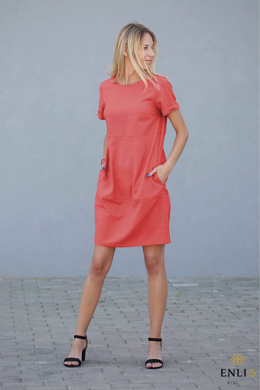 Vasarinė prigesinta raudona suknelė RACHEL   Universali suknelė