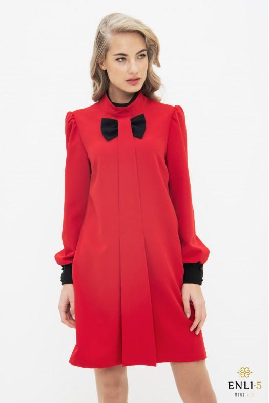 Raudonos spalvos suknelė SINTIJA