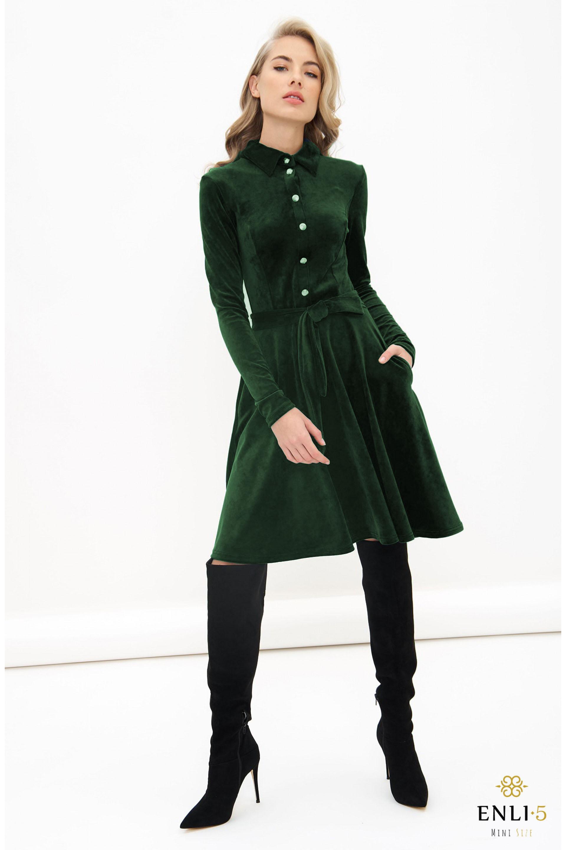 Žalios spalvos veliūrinė, kliošinė suknelė VILTĖ